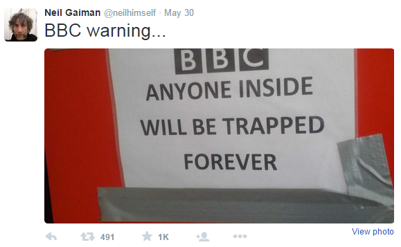 Tweet from Neil Gaiman
